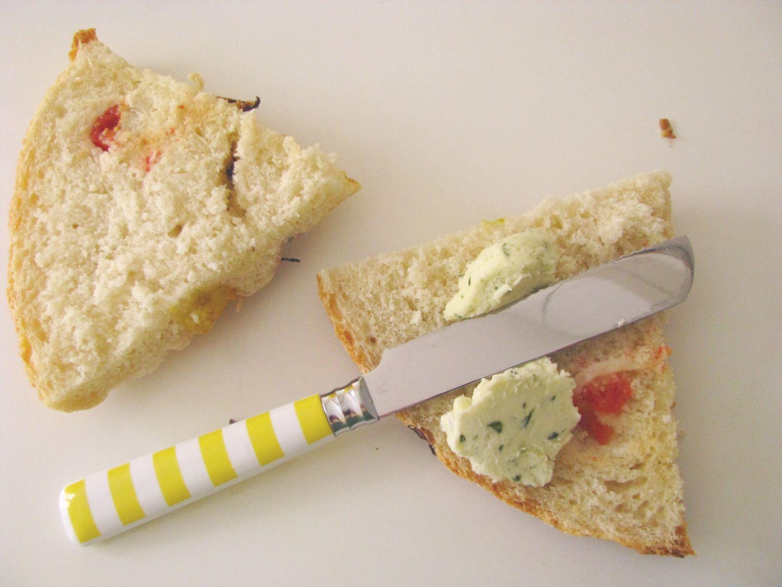 chlieb s nozom