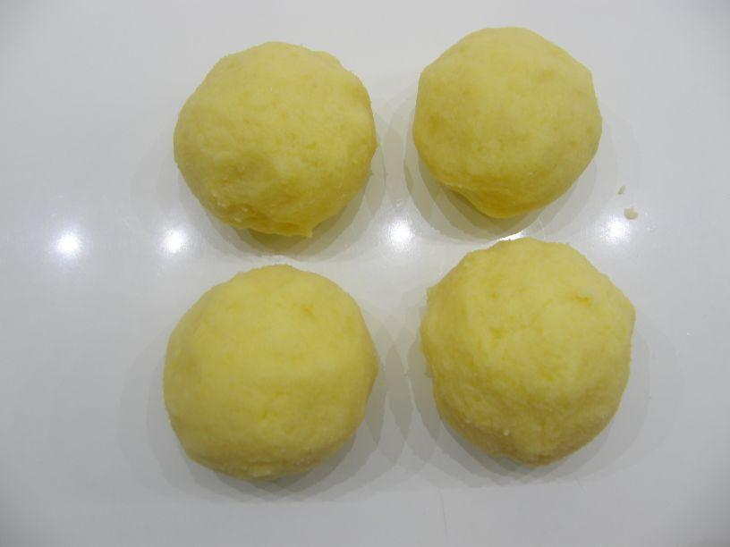 knedle gule