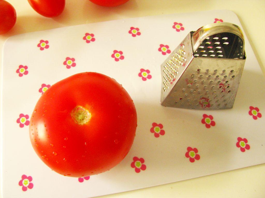 paradajkova stava surovina